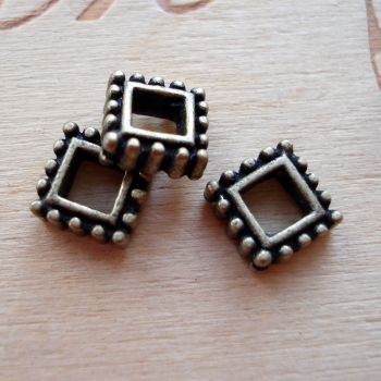 SQUARE BEAD FRAME