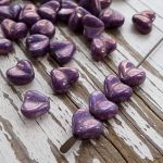 CURVED HEART BEAD