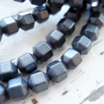 4MM FACETED ROUND BEAD