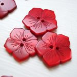 ETCHED FLOWER BUTTON