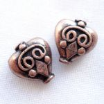 PATTERNED HEART BEAD